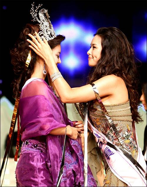 lee ji sun and honey lee - Miss Korea 2006 Honey Lee/ Ha Nui Lee