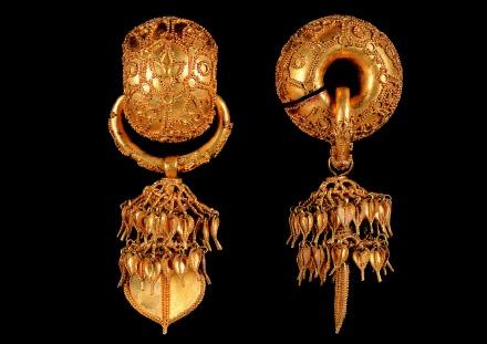 GB-Ferrero Stuff for members! Gold_earrings_440