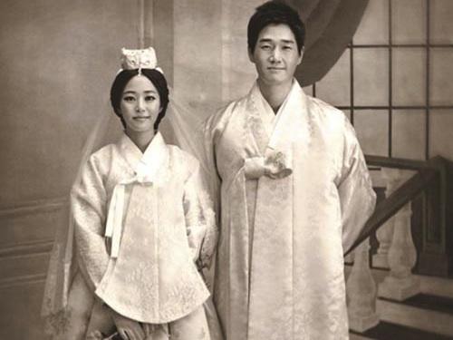 Korean singer baek jiyoung hidden cam - 3 part 7