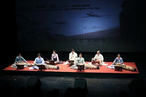 Post image for The Appreciation of Art and Joy – a concerto for traditional Korean instruments with Western orchestra