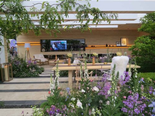 Post image for Hay Joung Hwang wins Silver Gilt at Chelsea Flower Show